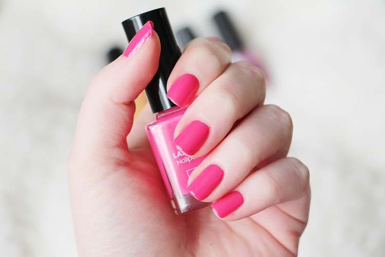 Vernis rose flashy Hema