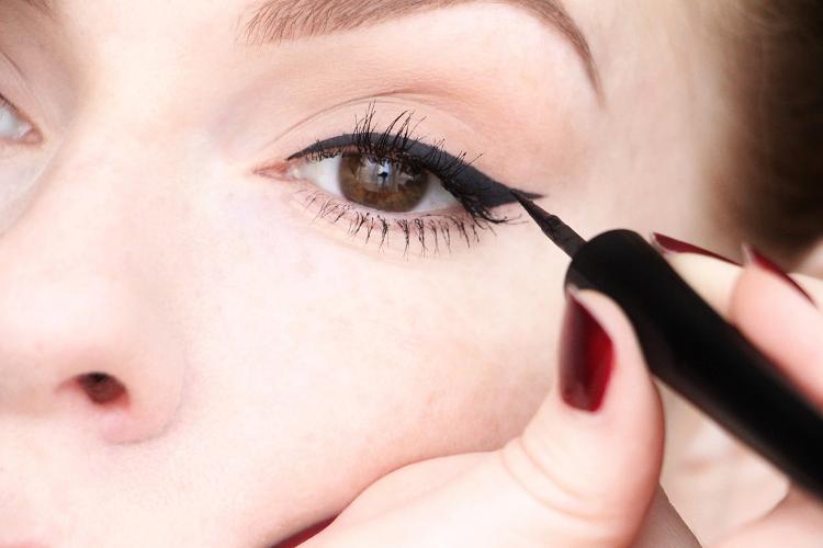 eyelinerkikotuto